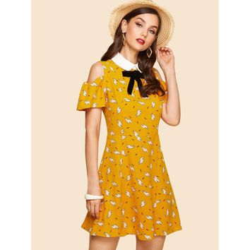 Multicolor Contrast Collar Bow Embellished Cold Shoulder Dress