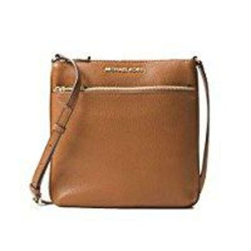 ONETOW Michael Kors Small Flat Crossbody Small Pebbled Leather