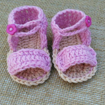 Crochet baby sandals, 0 - 3 M, summer baby shoes, baby crib shoes, beach baby,  pink baby slippers with button UK Seller Ready to Ship