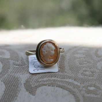 Antique Vintage,1940 Solid 9k/375/9ct gold, Ring Genuine carved coral Cameo ring, England hallmarks, ring size USA 6