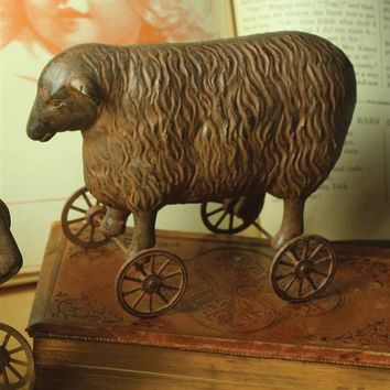 PRIMITIVE PULL-TOY (SHEEP)