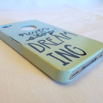 Hand painted never stop dreaming ombre cell phone case light green and blue for iphone 4 and 4s with kickstand