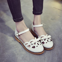 Punk Hollow Out Round Toe Flat