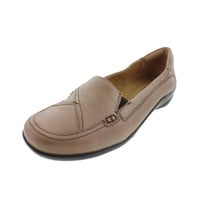 Naturalizer Womens Florenza Leather Contrast Loafers