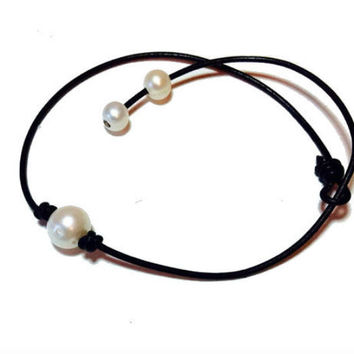 Classic fresh water pearl genuine leather cord choker necklace, pearl knot choker necklace, pearl necklace, pearl choker, gift