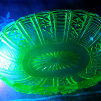 Antique Vaseline Uranium Glass Bowl Candy dish Salt Dish