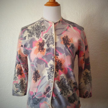 Vintage 50's Floral Cardigan Pink and Grey Wool with Pearl Buttons Sweater