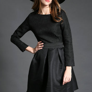 Black Round Neck Long Sleeve Jacquard Dress