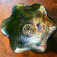 Vintage Fenton Green Iridescent Carnival Glass Footed Bowl - Pattern Water Lily (aka Lotus or Poinsettia)