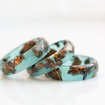 Teal Resin Ring Copper Gold Flakes Small Faceted Ring by daimblond