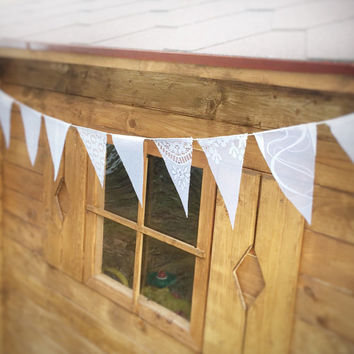 Lace Bunting Pennant Banner lace Bunting Pennant wedding banner Wedding Hanging Decoration White wedding garland Rustic Wedding Banner Party