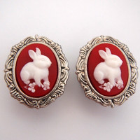 Glamsquared — Bunny in the Clearing Cameo Plugs