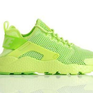 ONETOW Nike Air Huarache 'Ghost Green'