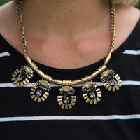 Natural Beauty Necklace - Black/RussianGold