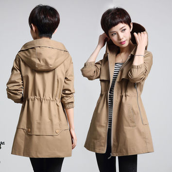 In the old windbreaker women in the long section with a hat 2017 spring and Spring  clothing large size middle - aged jacket