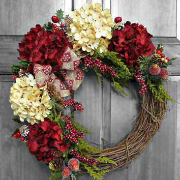 Holiday Wreath, Christmas Wreath, Hydrangea Wreath, Christmas Wreathe, Winter Wreathes, Front Door Wreaths, Xmas Decorations, Outdoor Wreath