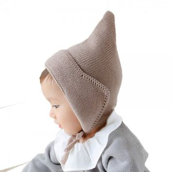 Knitted Brown Bonnet
