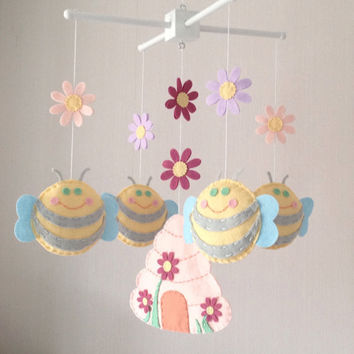 Baby Mobile - Cot Mobile - Bees and Beehive - Nursery Decor - Pastel Nursery -Baby girl mobile - Crib Mobile - Flowers mobile