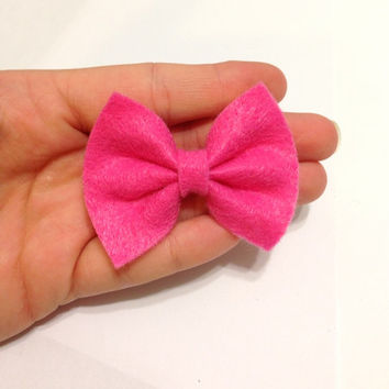 Mini Medium Pink Felt Hair Bow on Alligator Clip - 2.5 Inches Wide - AFFORDABOW Line - Affordable and High Quality Hair Bows