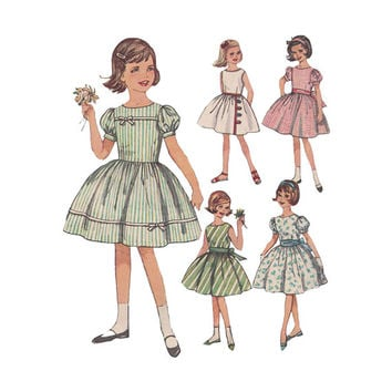 1960s Girls Fit and Flared Party Dress Pattern Simplicity 4369 7 Day Wardrobe Vintage Sewing Pattern Size 8 Breast 26