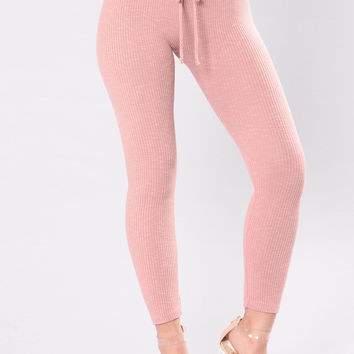 Wanderlust Leggings - Rose