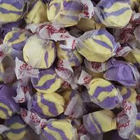Raspberry Lemonade Salt Water Taffy 1/2 lb