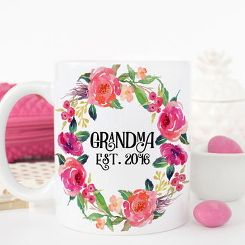 Grandma Mug with Est Year - Baby Reveal Gift - Mothers Day Gift Mug SKU Q0022