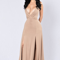 Lights Go Down Dress - Mocha