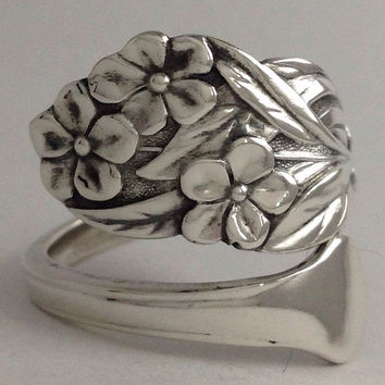 """Size 6 Vintage """"Forget Me Not"""" Sterling Silver Spoon Ring"""