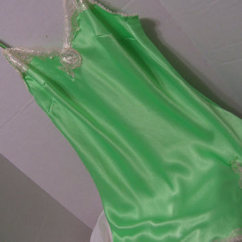 Super Liquid Satin Chemise Night Gown Victoria Secret Spring Green Honeymoon Resort Cruise Wear