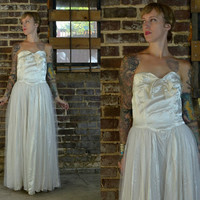 50's Satin and Tulle White Ruffled Lace Wedding Dress