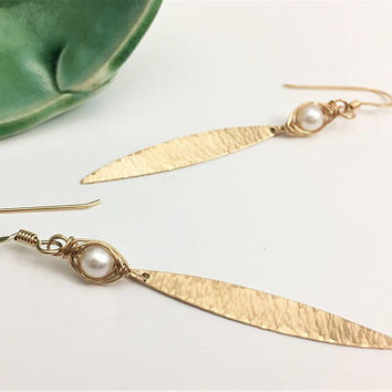 Gold Filled Textured Marquise & White Freshwater Pearl Earrings (E448GF-WP) - handcraftedwire jewelry by cristysjewelry on etsy