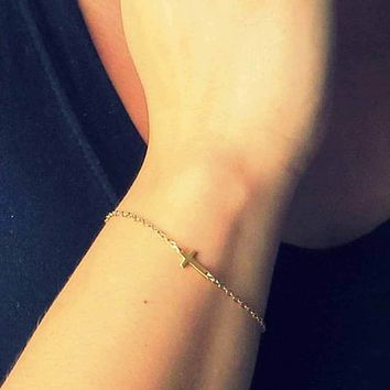 IPARAM Fashion Gold Chain Simple Cross Bracelet Cheap Bracelet Exquisite jewelry for women