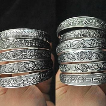 Antalya Bangle, Antique Silver-plate Carve Pattern