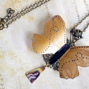 Butterfly necklace , butterfly charm necklace , insect jewelry , spring animal pendant necklace , golden long necklace