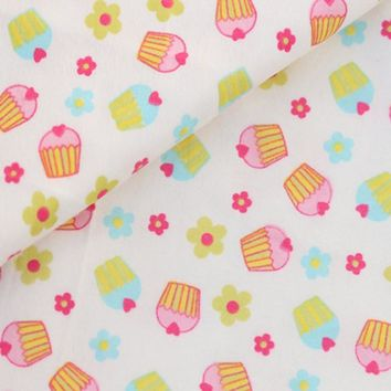 50x110cm Sweet Cartoon Cake 100% Cotton Flannel Fabric for Children Sleepwear Baby Blanket, Pajamas, Brushed Cloth,