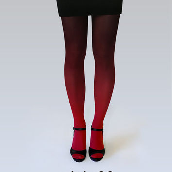 Red-black ombre tights