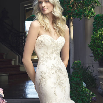 Casablanca Bridal 2219 Strapless Lace Mermaid Wedding Dress