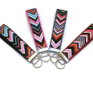 Choose your color chevrons key fob, chevron wrist keychain, chevrons key wristlet, stocking stuffer, under 10 gift, key chain, key fob