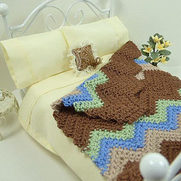 Dollhouse Miniatures, Rustic Home Decor, Chevron Blanket, Old Fashioned, Ripple Afghan, 12th Miniature, Crochet Blanket, Doll House, Artisan