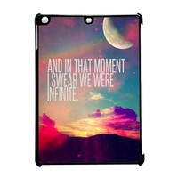 Perks Of A Wall Flower Quote Design Vintage Retro iPad Air Case