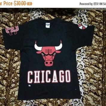 XMAS SALE vintage 90s CHICAGO Bulls Jordan Made in Usa Large Size