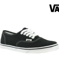 Vans WoVANS AUTHENTIC LO PRO SKATE SHOES $38.90 - $46.90