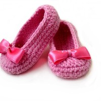 Baby Girl Slippers crochet pattern by Beatifico - Craftsy