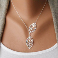 Winter, Filigree Leaf Jewelry, Silver Leaf Necklace, Silver Lariat Necklace, Leaf Pendant, Skeleton Leaf, Woodland Jewelry, leaf charm  N-2