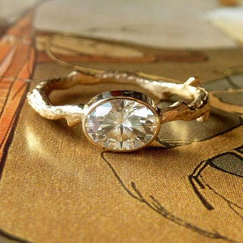 Oval Moissanite Branch Ring