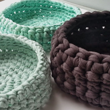 Crocheted chunky basket or bowl, made with dark grey t-shirt yarn (also available in other colors)