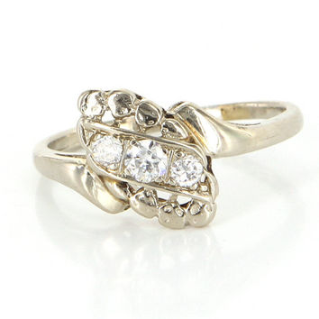 Antique Art Deco 14 Karat White Gold Diamond Small Cocktail Right Hand Ring Vintage Estate Jewelry