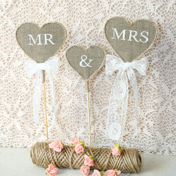 Rustic wedding cake topper, Mr & Mrs Cake Topper, wedding cake topper rustic, Burlap Cake Topper, country burlap cake topper, burlap topper