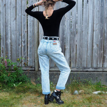 vintage 80's Wrangler highwaisted acidwash hickory novelty denim jeans // nu grunge boho rocker biker hipster art hoe aesthetic Kelly Bundy